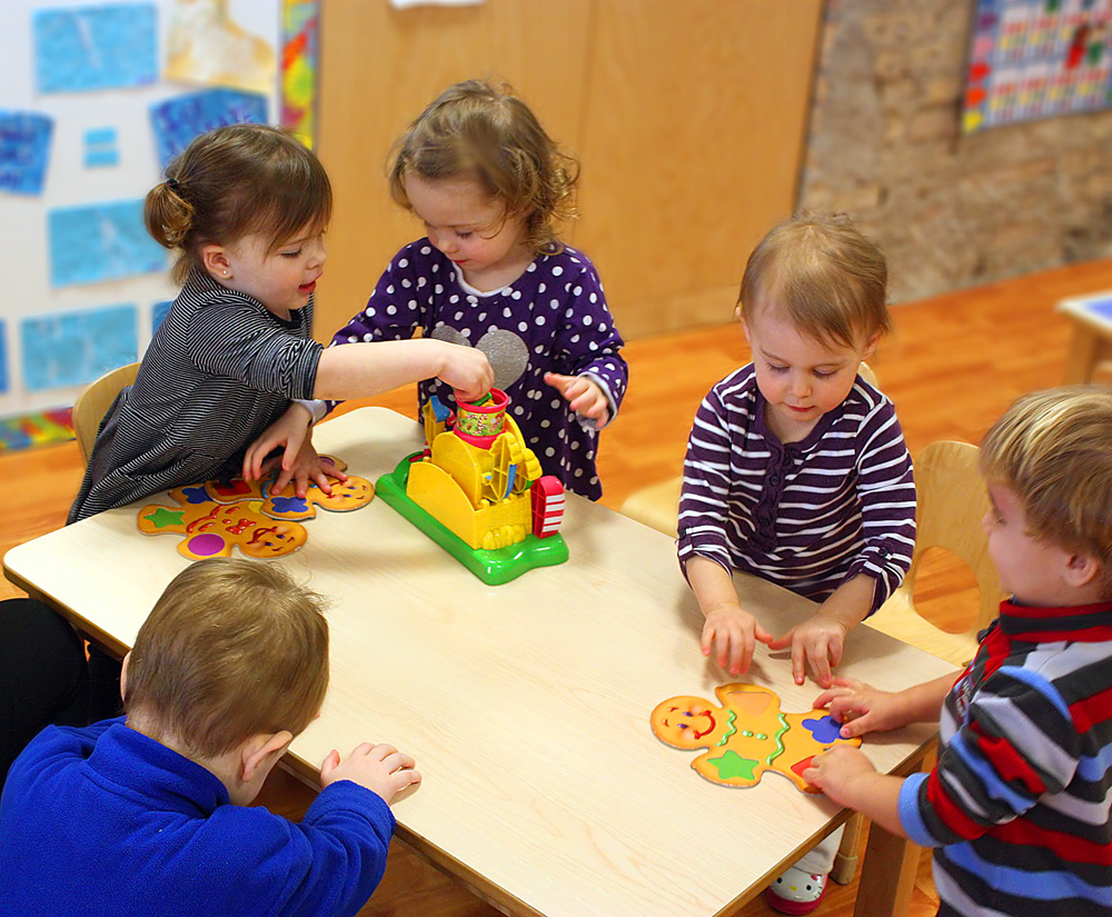 play and learning for the preschool child Learn and play preschool is a dfps licensed in-home preschool program geared toward children 29 years through 5 years of age our program is dynamic, educational, creative and teaches a wide range of life skills and kindergarten prep skills.